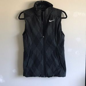 Nike Patterned Golf Vest